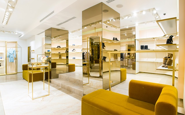 Clothing store interior 640 X 400