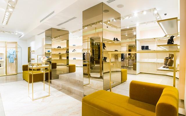 Clothing store interior 640 X 400
