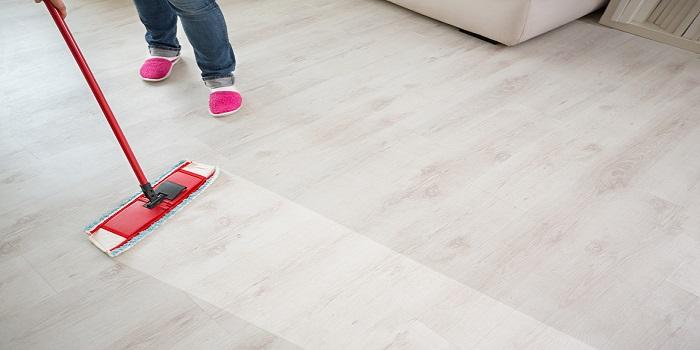Hard Floor Cleaning 2 - 700x350