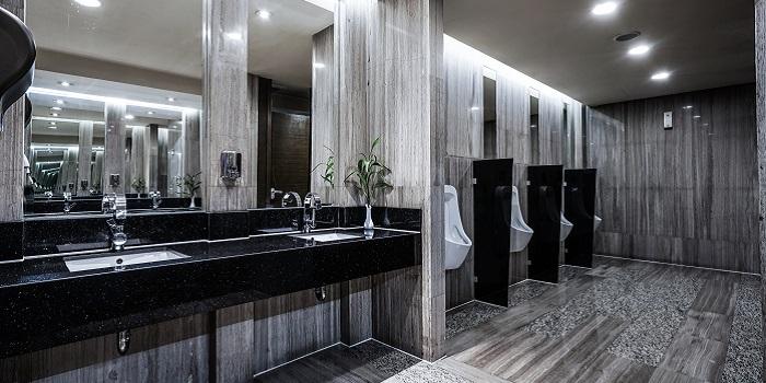 Washroom Cleaning 1 - 700x350