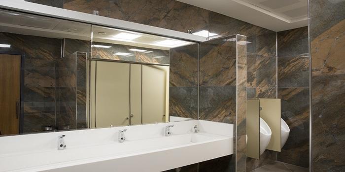 Washroom Cleaning 3 - 700x350
